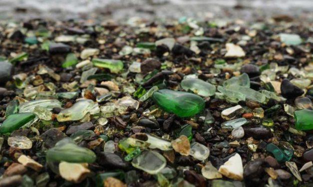 Increíble cambio: De basurero a playa de cristal